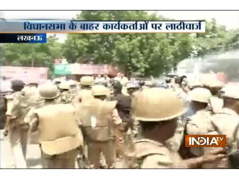 Police lathicharge over BJP workers protesting outside Assembly in Lucknow