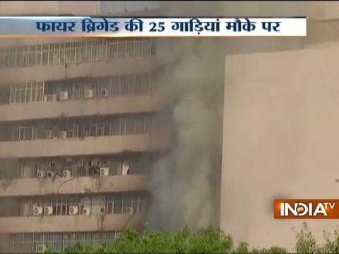 Massive fire inside Lok Nayak Bhawan in Delhi, 25 fire tenders rushed to douse flames