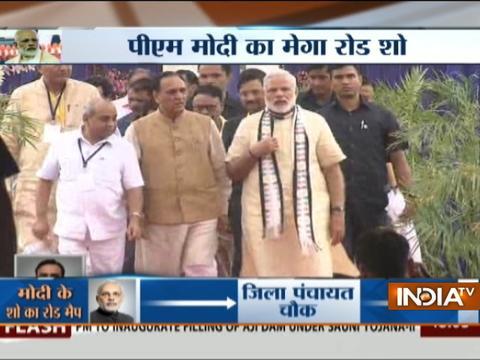 Watch Special debate on PM Modi's Rajkot road show, as BJP accelerates Gujarat campaign