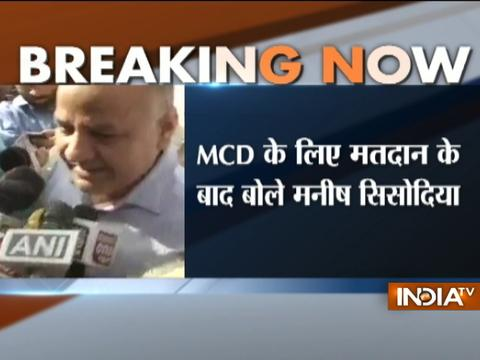 MCD Elections 2017 Live Updates: Manish Sisodia casts his vote at Pandav Nagar