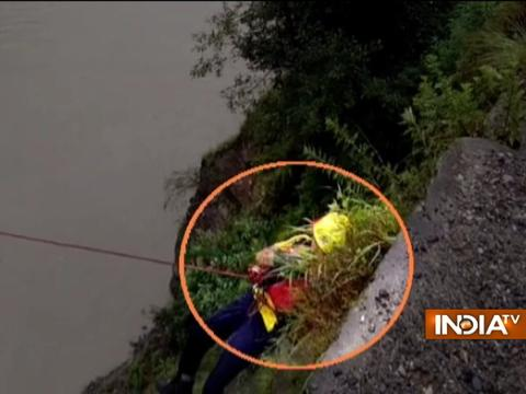 Uttarakhand: SDRF team rescues cow from River Flooding in Chamoli district