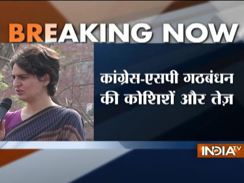 UP Polls 2017: Priyanka Vadra sends emissary to CM Akhilesh Yadav