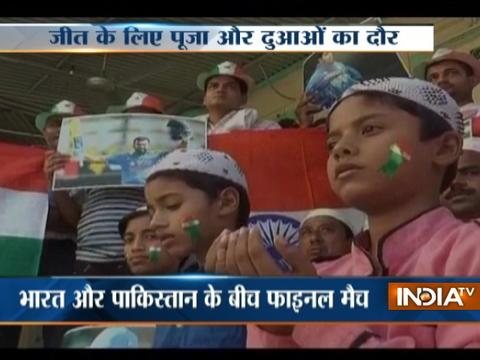 Fans hold special prayers for India's victory over Pakistan in Champions Trophy finals