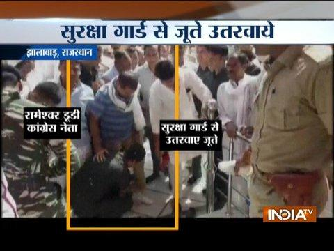 Congress Leader Rameshwar Dudi caught asking security guard to take off his shoes at temple