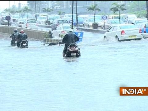 Mumbai Rain: Road traffic disrupted owing to waterlogging