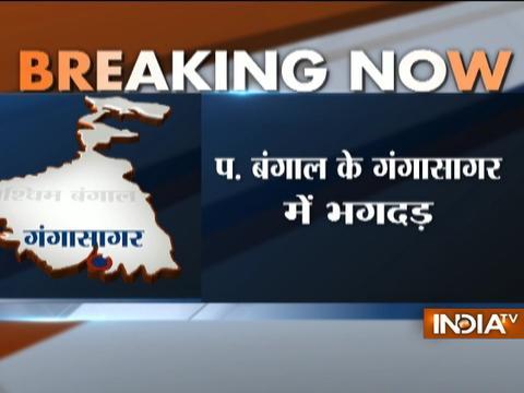 Six die in mad rush to board ship at Gangasagar