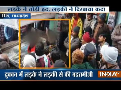 MP: Girl thrashes eve-teaser publically in Bhind
