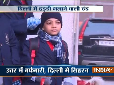 Cold wave intensifies as Delhi records lowest temperature