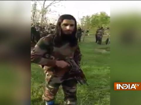 New video of 30 Kashmiri militants goes viral