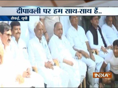Safai: Mulayam Singh Yadav celebrates Diwali with Akhilesh and Shivpal