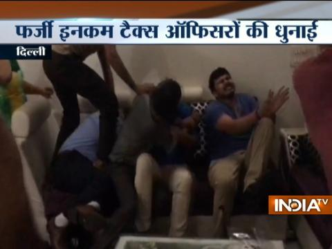 Caught on cam: Fake I-T officers thrashed in Delhi