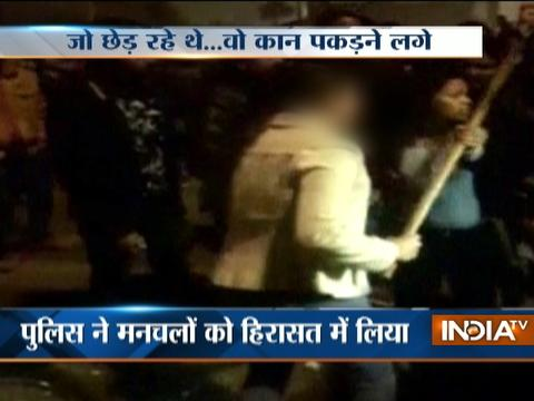 Eve-teasers beaten up by a girl publicly in Lucknow