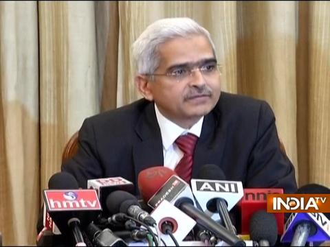 Our focus is to provide more 500 currency notes to people, says Shaktikanta Das