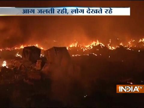 Massive fire breaks out in Rithala slums in Delhi
