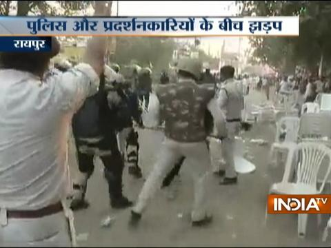 Police lathichage over protestors in Raipur