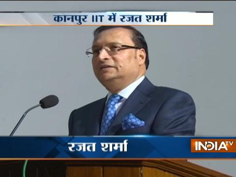 IndiaTV Chairman Mr Rajat Sharma interacts with students at IIT-Kanpur
