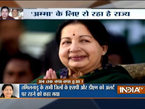 Supporters offer prayers for Jayalalithaa's speedy recovery