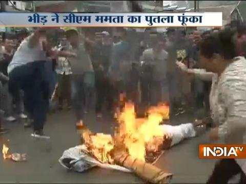 Darjeeling Unrest: Public burn effigy of CM Mamta Banerjee over demand for Gorkhaland