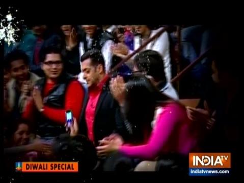'आप की अदालत' में सलमान खान ने लिया इंडिया टीवी के एडिटर-इन-चीफ रजत शर्मा का फिटनेस टेस्ट