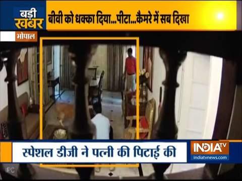 MP: दूसरी महिला के साथ पत्नी द्वारा पकड़े जाने पर DG ने बेरहमी से की पिटाई