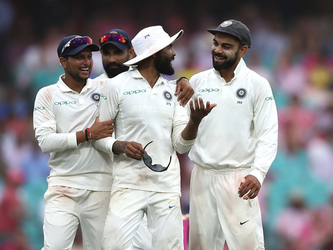 टेस्ट मैच के तीसरे दिन बारिश से पहले दिखा भारतीय स्पिनर्स का जलवा