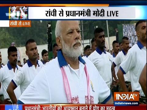 International Yoga Day 2019: PM Modi performs neck exercises and skandha chakra