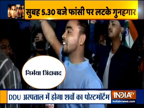 Nirbhaya Case: People celebrate outside Tihar jail where four convicts were hanged