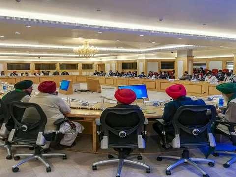 मीटिंग बेनतीजा, जारी रहेगा किसानों का आंदोलन, 3 दिसंबर को फिर होगी बात