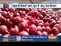 Onions plunge to Rs 1.50 in Maharashtra, farmers lose hope