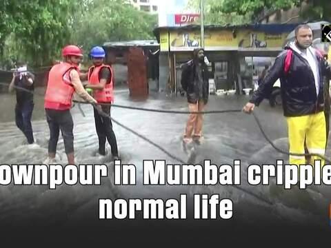 Downpour in Mumbai cripples normal life