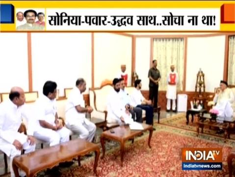 मुंबई: आदित्य ठाकरे, एकनाथ शिंदे और शिवसेना के अन्य नेता महाराष्ट्र के राज्यपाल से मिले