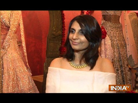 Monica gives us one fashion tip which answers everything question of a bride