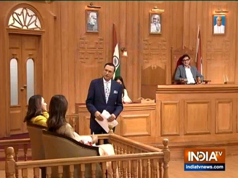 Nusrat Jahan, Mimi Chakraborty in Aap Ki Adalat: Newly-elected MPs weave magic of Rabindra Sangeet, Kishore's classic