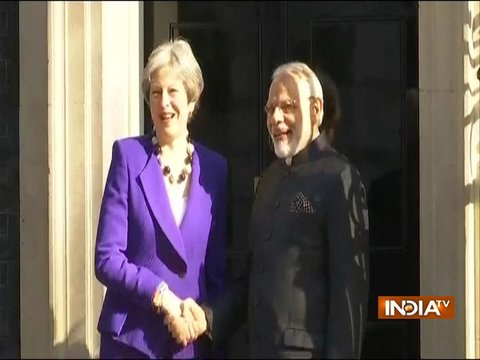 PM Modi meets British Prime Minister Theresa May at 10 Downing Street in London