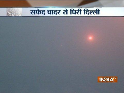 Heavy fog in Delhi & NCR, hits train services, flights