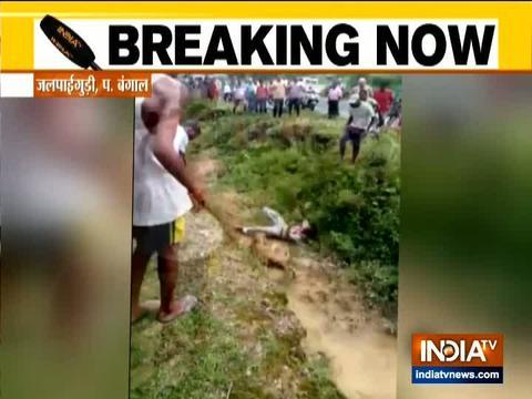 वीडियो: घायल तेंदुए ने आदमी पर किया हमला