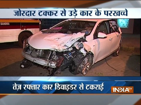 Speeding car hits divider in Mumbai, 4 injured
