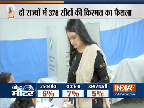 Maharashtra Assembly Polls: Actress Padmini Kolhapure casts her vote in Mumbai