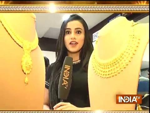 SBAS team is shopping with Naina
