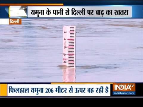 हथिनीकुंड के पानी से दिल्ली में खलबली, डेंजर लेवल के पार पहुंची यमुना की लहरें