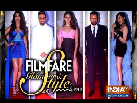 Filmfare's Glamour and Style Awards: आलिया भट्ट, कृति सेनन सहित अन्य बॉलीवुड सितारें ग्लैमरस अवतार में आए नजर