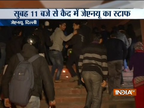 JNU students 'gherao' admin block over compulsory attendance issue