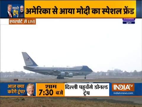 अमेरिकी राष्ट्रपति का विमान एयरफोर्स वन अहमदाबाद पहुंचा