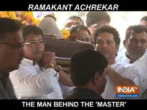 सचिन तेंदुलकर और विनोद कांबली ने अपने क्रिकेट के गुरु रमाकांत आचरेकर को दी अंतिम विदाई