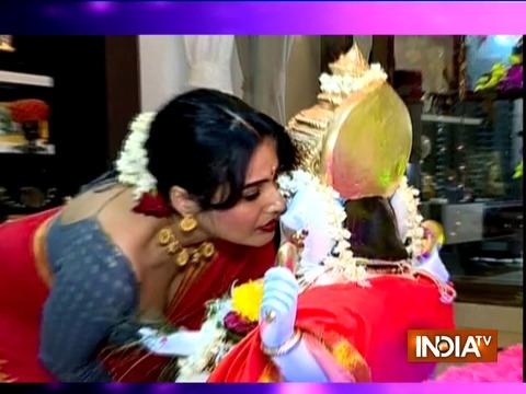 Kamya Punjabi bids adieu to Lord Ganesha with a grand celebration