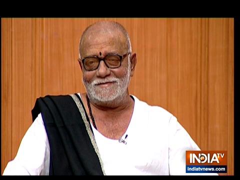 Morari Bapu in Aap Ki Adalat: राम मंदिर और हनुमान जी की जात पर 'आप की अदालत' में क्या बोले मुरारी बापू?