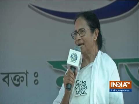 एग्जिट पोल के नतीजों के बाद ममता बनर्जी ने विपक्ष से NDA के खिलाफ एकजुट होने की अपील की