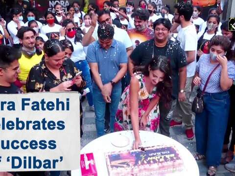 Nora Fatehi celebrates success of 'Dilbar'