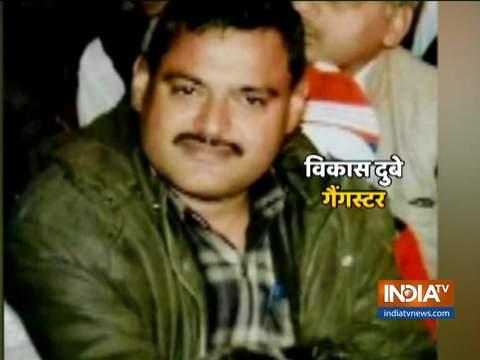 कानपुर एनकाउंटर: एडीजी प्रशांत कुमार ने मुठभेड़ की घटना की जानकारी ली