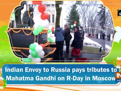 Indian Envoy to Russia pays tributes to Mahatma Gandhi on R-Day in Moscow